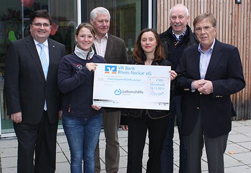 VR Bank Rhein-Neckar engagiert sich für Lebenshilfe