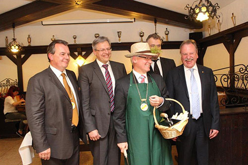 Dr. Thomasberger erhält Goldenen Spargel