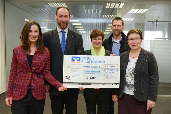 Spendenübergabe VR Bank Rhein-Neckar Stiftung
