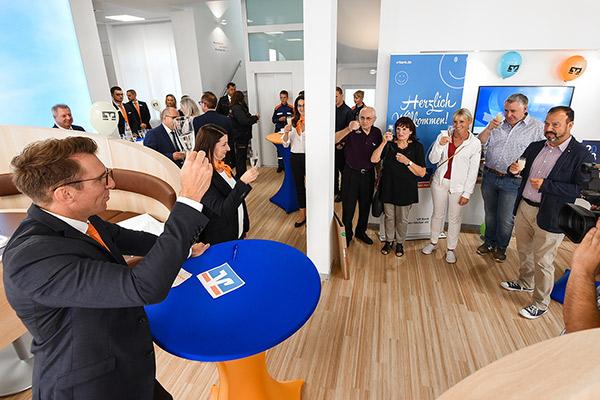 Wiedereröffnung nach Moderniesierung VR Bank Rhein-Neckar Filiale Rheinau